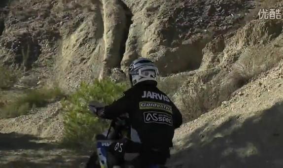 超炫极限摩托车!摩托车界的特技+跑酷秀 相信极限能够出现奇迹
