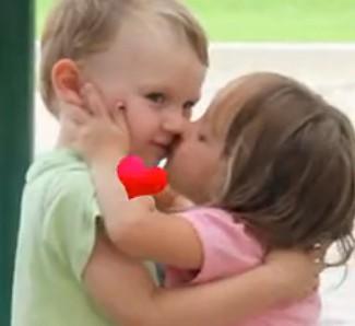 可爱宝宝卖萌初吻