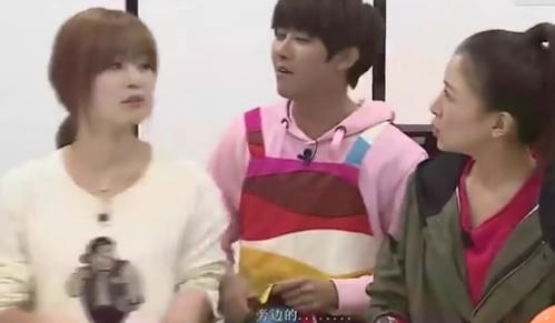 韩国综艺爆点:韩善花吃醋闹分手 黄光熙浪漫拥抱晒恩爱