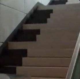杭州首例钢琴楼梯 市民直呼太好玩
