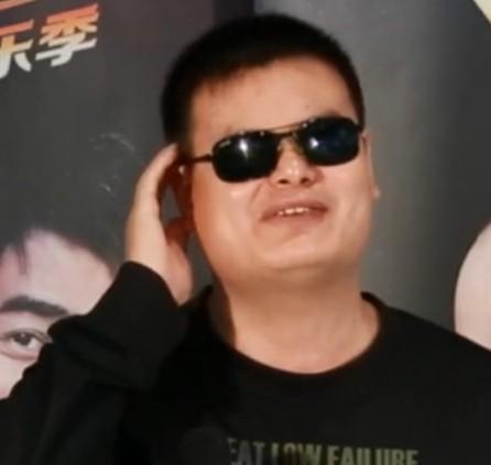《我是传奇》欢乐季北京海选 盲人选手叫板赵本山师徒