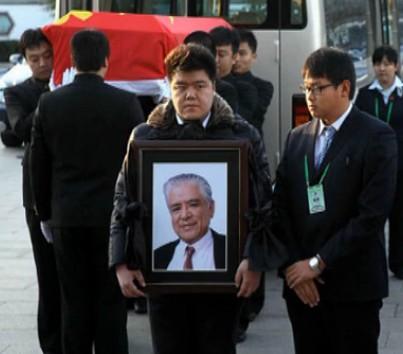 著名表演艺术家李默然逝世 追悼会在京举行