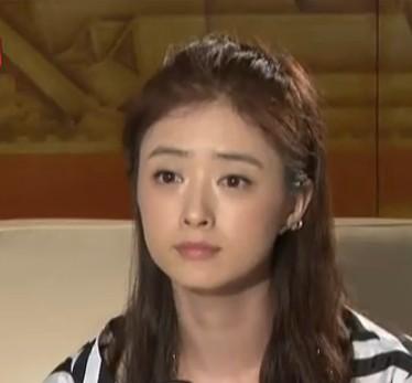 华妃蒋欣大方承认恋情 与叶祖新相识10年