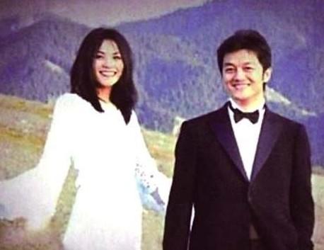 王菲微博声明主动离婚 宣称无第三者否认出家