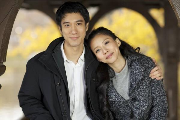 王力宏首次公开恋情:女友是学生 家人喜欢