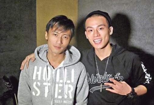 谢霆锋四年后再亮嗓 与欧豪为电影献唱《爱最大》MV