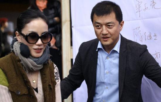 李亚鹏离婚后首谈王菲:她不过问事业 我更有钱