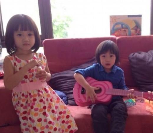 Kimi为钟丽缇女儿弹吉他 网友惦记王诗龄