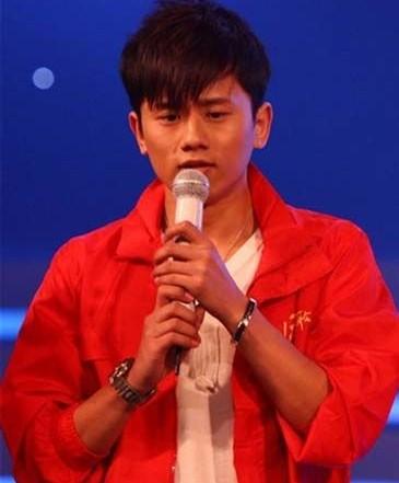 张杰参加《我是歌手》第二季被指走后门
