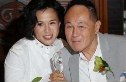 香港大亨赵世曾不满女儿出柜 悬赏10亿招婿