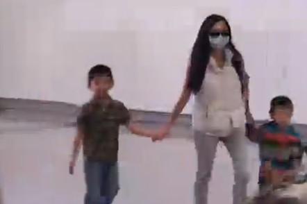 谢霆锋2千万买豪宅留前妻 柏芝携子回港过年