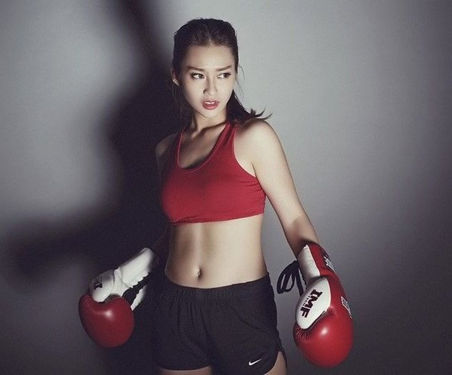 越南17岁拳击妹走红 私照清新美艳