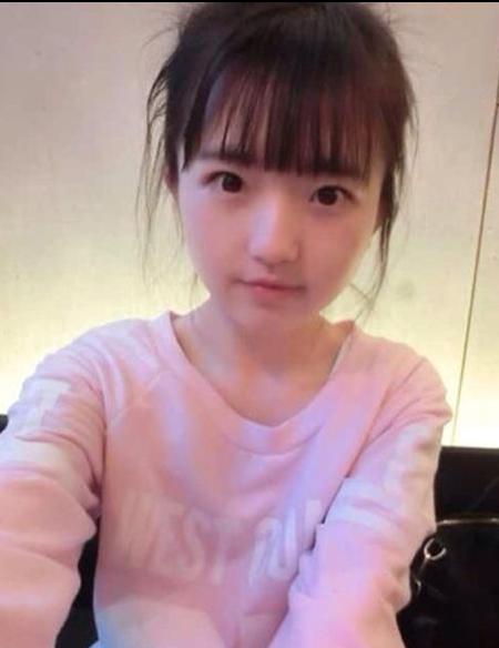 """天山童姥附体 36岁""""少女""""网络爆红"""