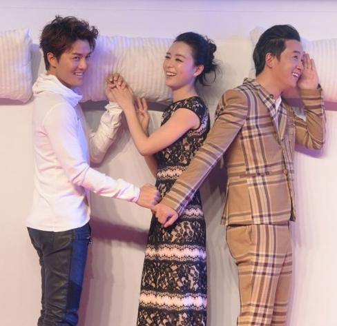 张静初否认结婚领证 自曝恐婚却渴望爱情