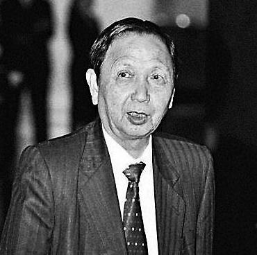 香港演唱会之父张耀荣逝世 天王天后齐声哀悼