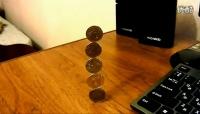 你能将五个硬币像这样叠放吗?
