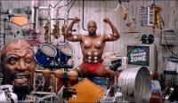 牛人!!《我的肌肉能唱歌》,一个人搞定一个乐队了啊!!!
